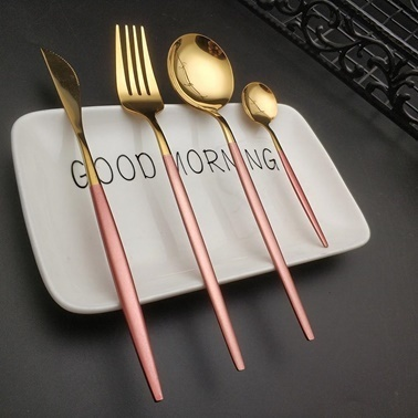 Pink&More 36 Parça Parlak Altın Rose Çatal Bıçak Seti Altın